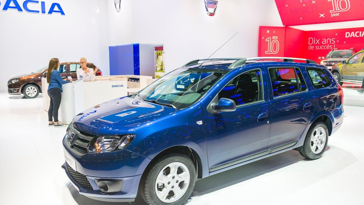 Une Dacia Logan MCV, dans un salon automobile à Bruxelles, en janvier 2016.