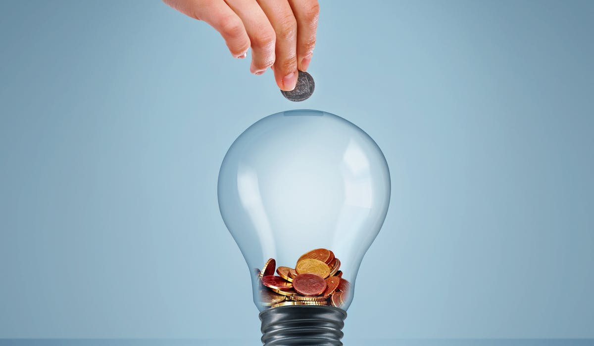 A côté des tarifs réglementés d'EDF, il existe les offres de marché proposées par près d'une vingtaine de fournisseurs alternatifs.
