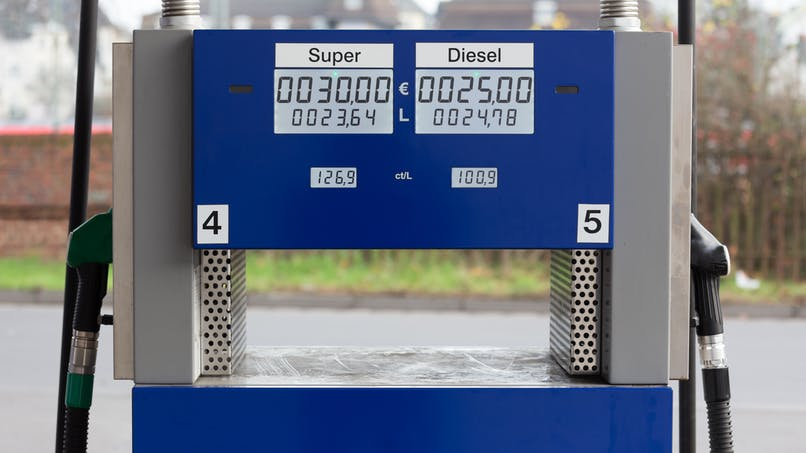 Voitures neuves : les Français se détournent du diesel