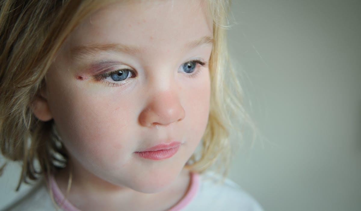 Un recensement des enfants morts à la suite de violences intrafamiliales sera publié chaque année.