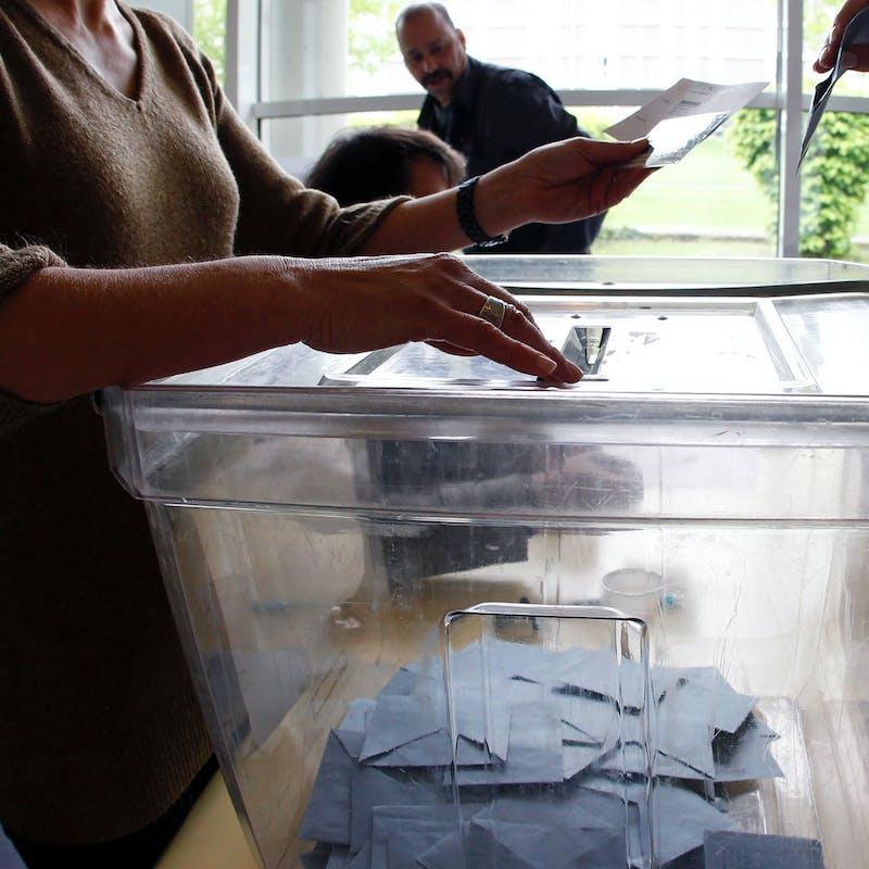 Quelles sont les règles des sondages politiques?