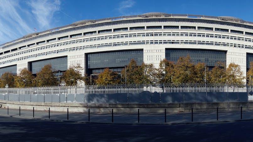 Impôts 2017: saisir le médiateur de Bercy pour régler un conflit avec le fisc