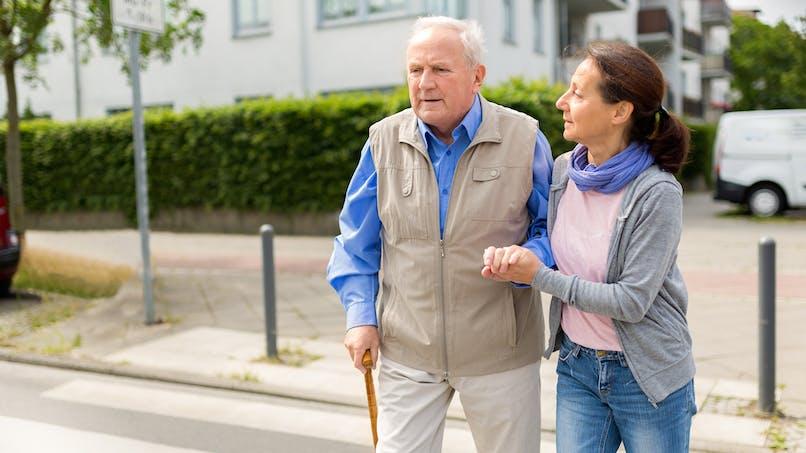 Sécurité routière : piétons seniors, adoptez les bons réflexes