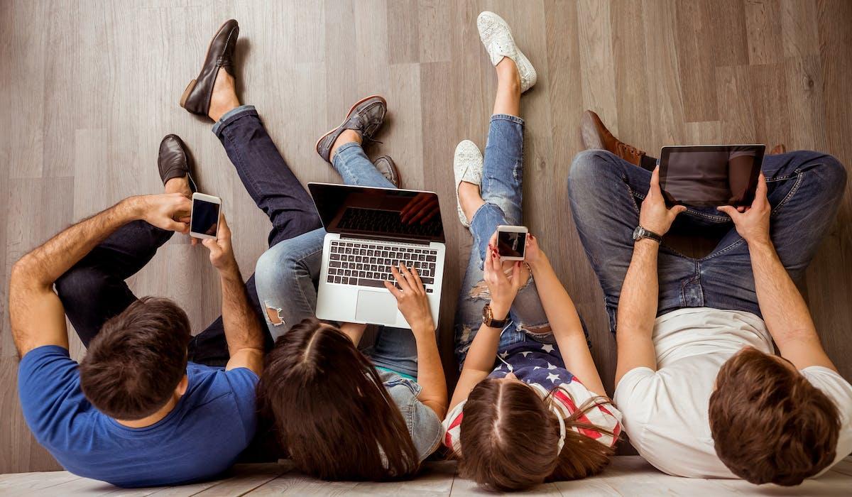 La contrefaçon touche de plus en plus les téléphones portables, les consoles de jeux, les ordinateurs.
