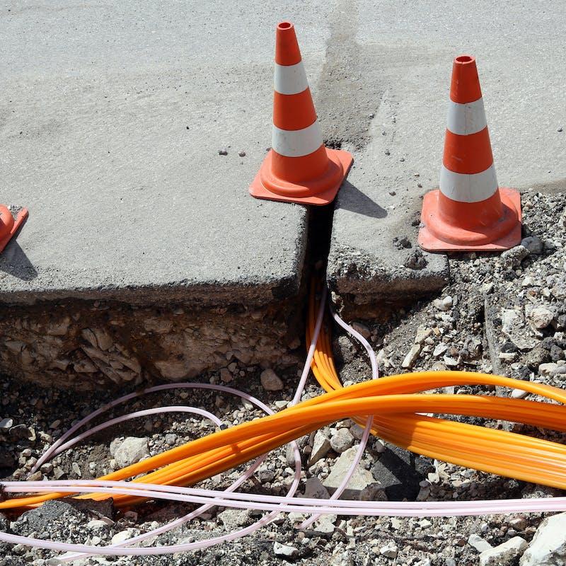 Travaux de rénovation : l'installation de la fibre optique obligatoire dans les immeubles