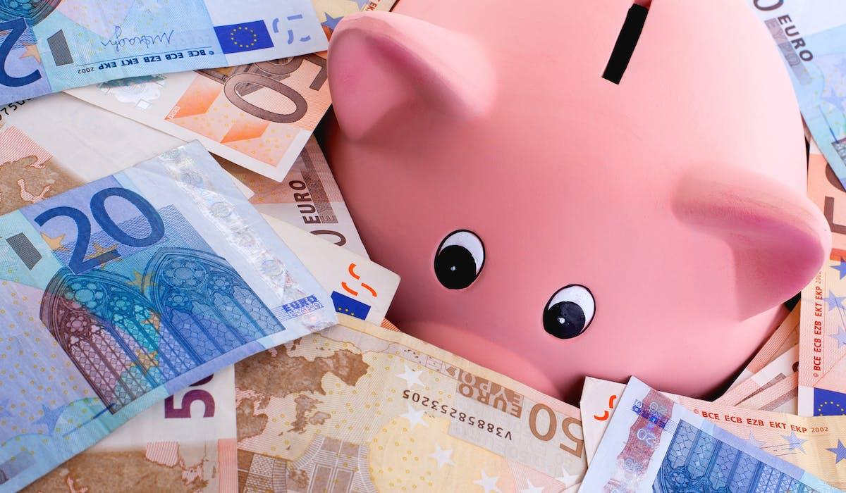 La plupart de l'épargne de précaution échappe à l'impôt sur le revenu.