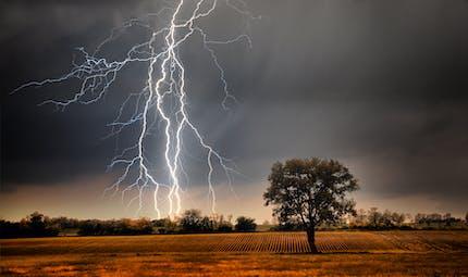 Attention aux orages ! Les bons gestes à adopter