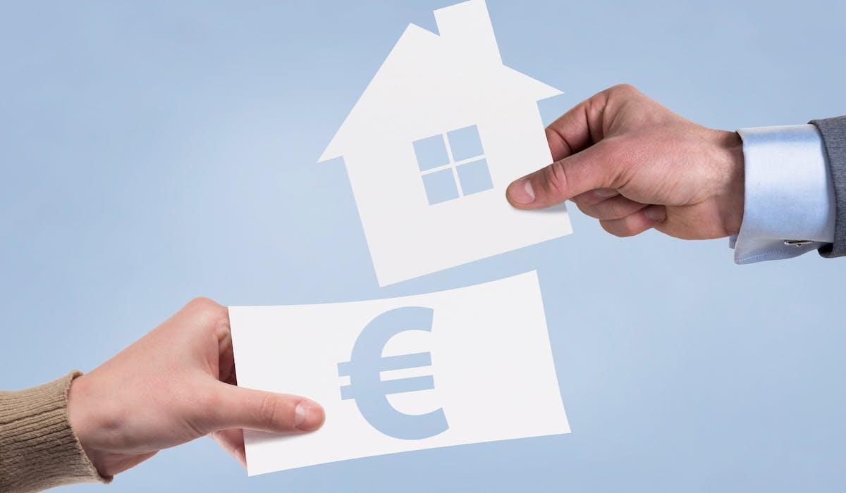 Dès que vous envisagez un achat immobilier, calculez votre apport et consultez votre banque.