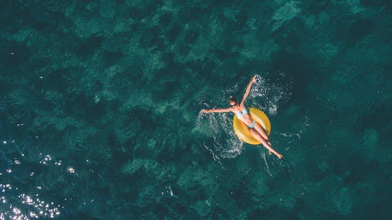 Jeunes de 18 à 25 ans: une aide financière de 150 € pour partir en vacances