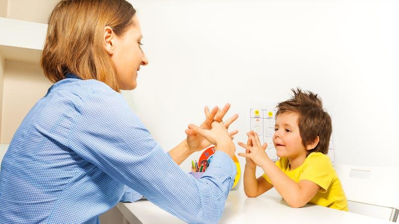 4e plan autisme : diagnostic précoce et scolarisation des enfants au cœur des enjeux