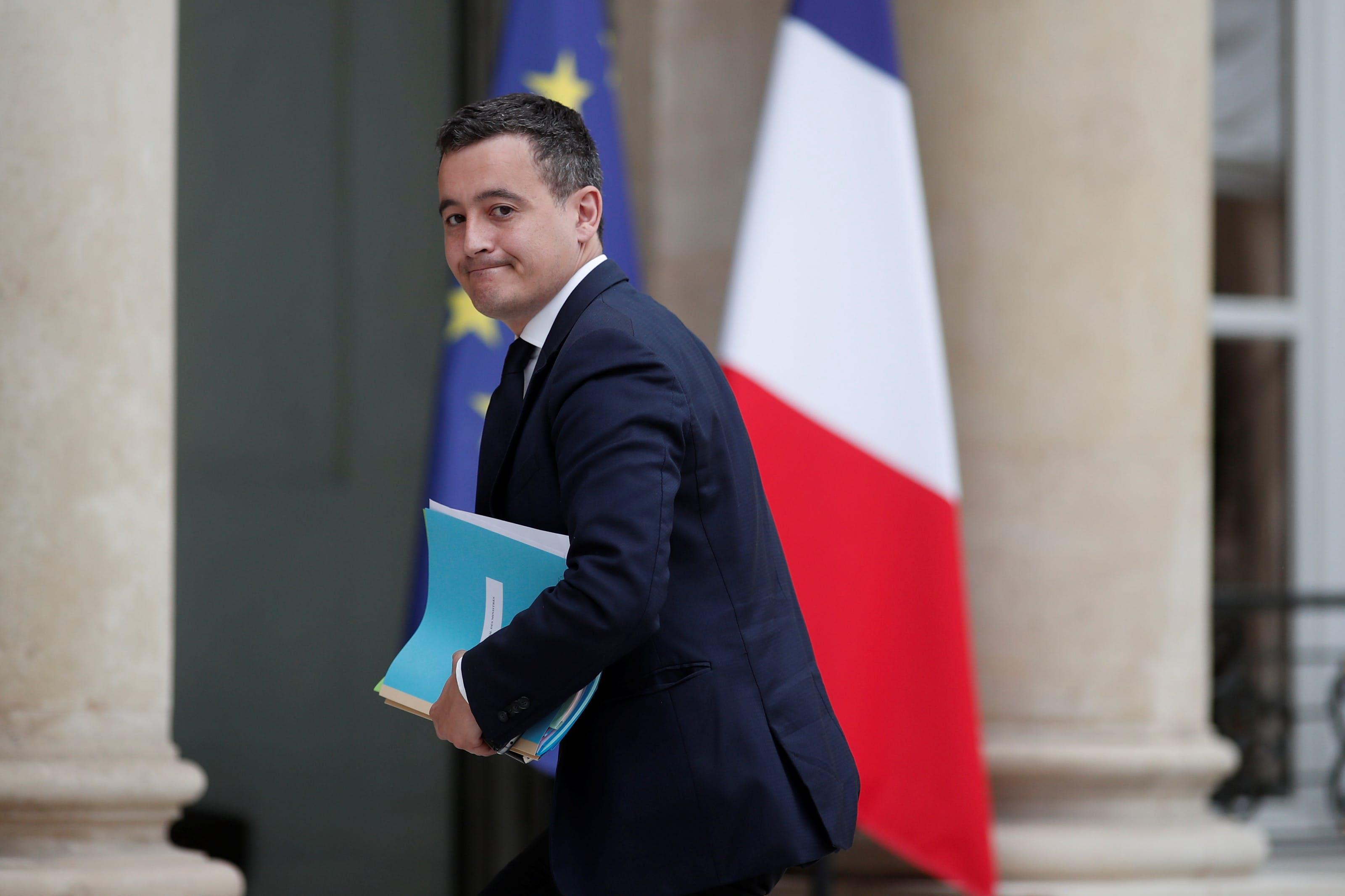 Fonctionnaires Le Jour De Carence Va Etre Retabli En 2018