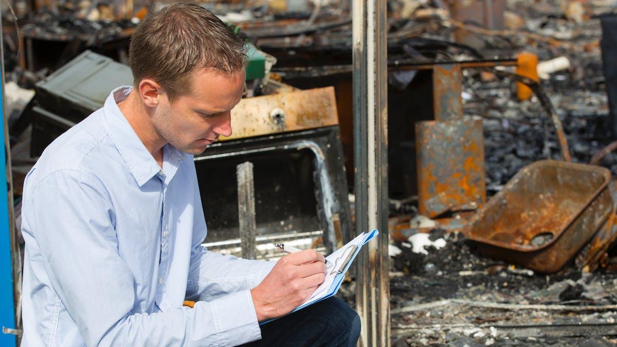 Si votre maison a été endommagée suite à un feu de forêt, dépêchez-vous de déclarer le sinistre.