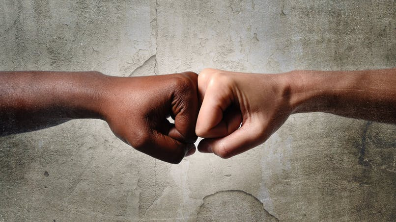 L'Etat renforce la répression des provocations, diffamations et injures à caractère raciste ou discriminatoire