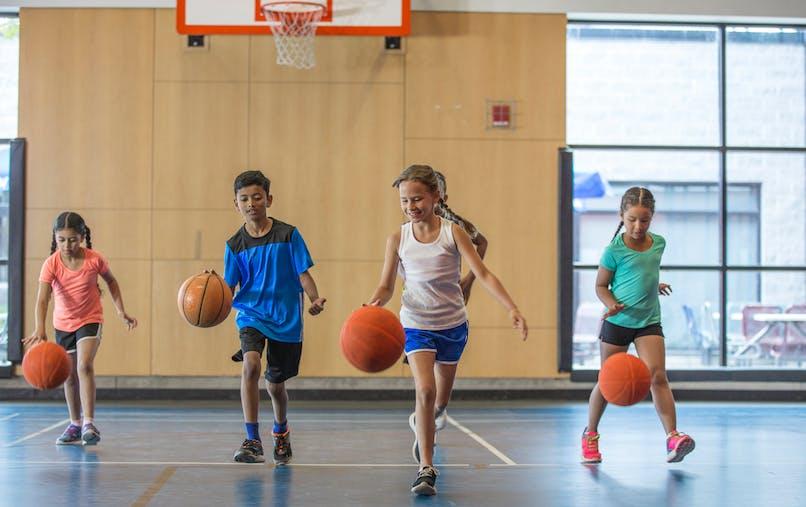 L'assurance scolaire permet de couvrir les enfants en cas de dommages causés ou subis.