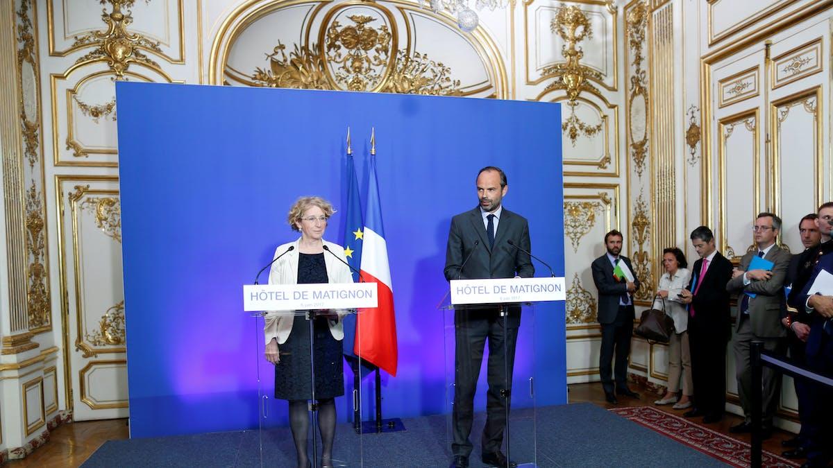Muriel Pénicaud et le Premier ministre, Edouard Philippe, lors d'une conférence de presse sur la réforme, le 6 juin.