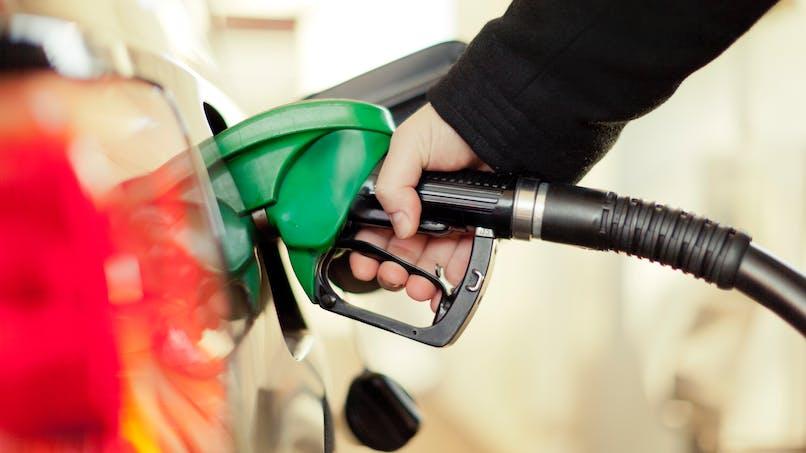 Taxation du diesel: une hausse de 2,6 centimes par an à partir de 2018