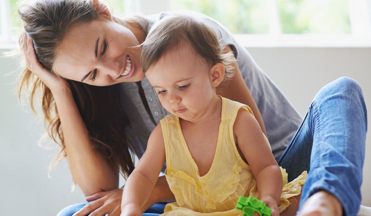 On compte 320 000 assistantes maternelles en France, qui représentent le premier mode d'accueil de la petite enfance.