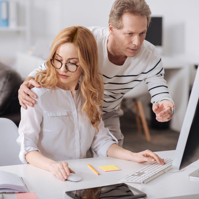 Harcèlement sexuel au travail : ce que dit la loi