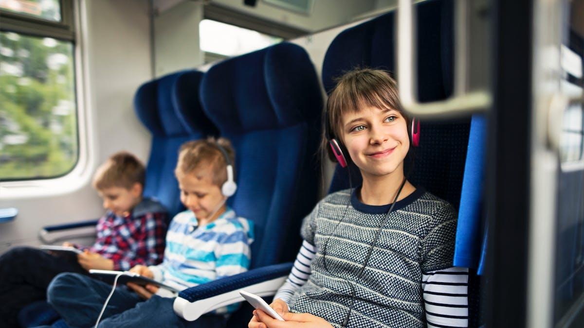 La SNCF propose pour les week-ends et vacances scolaires le service d'accompagnement Junior § Cie.