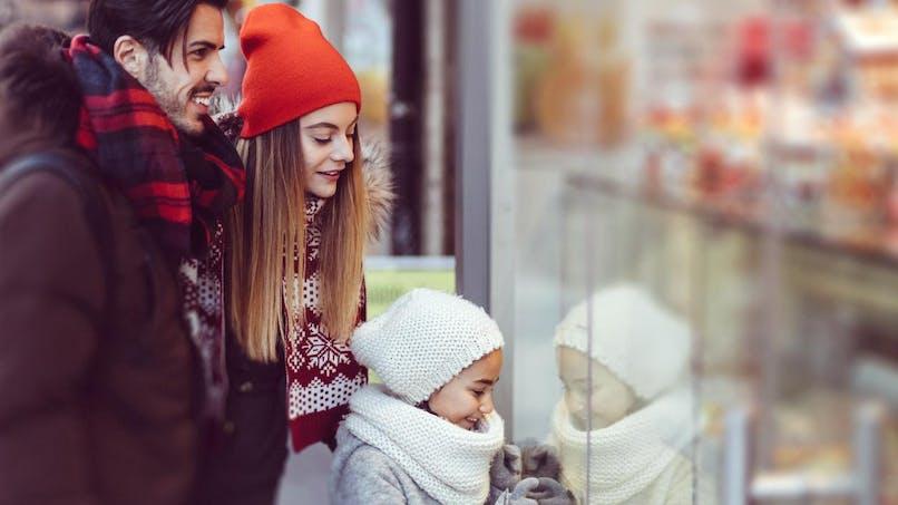 Emplettes de Noël: les techniques pour éviter les conflits avec les petits