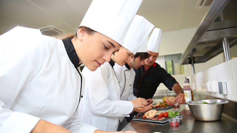 Erasmus : le gouvernement veut encourager l'échange des apprentis