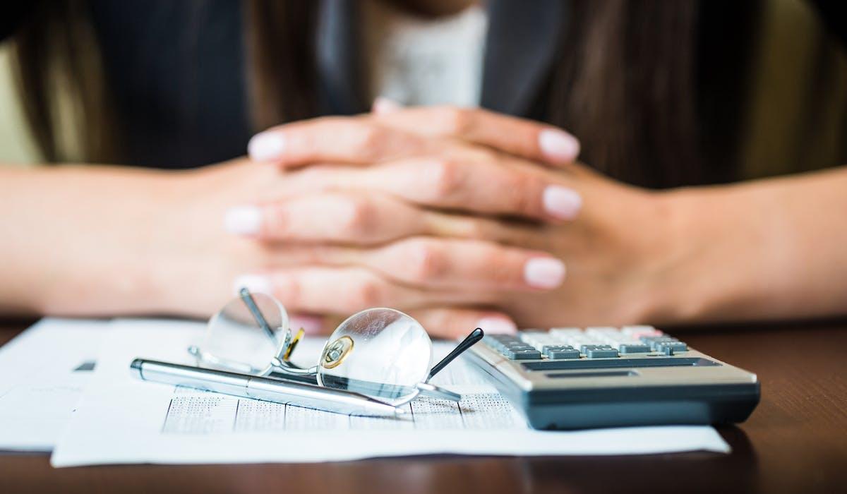 L'allocation d'aide au retour à l'emploi est calculée selon les revenus perçus avant d'être au chômage.