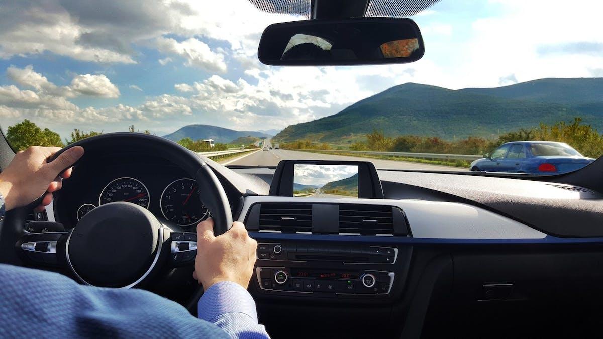 Les dispositifs d'aide à la conduite doublent le temps de réaction des conducteurs.