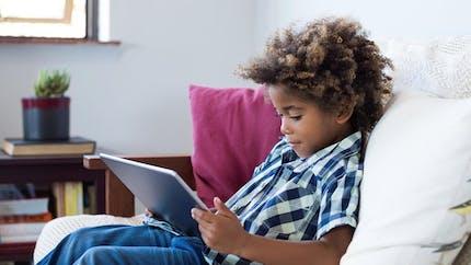 Majorité numériqueà 15 ans : de quoi s'agit-il?