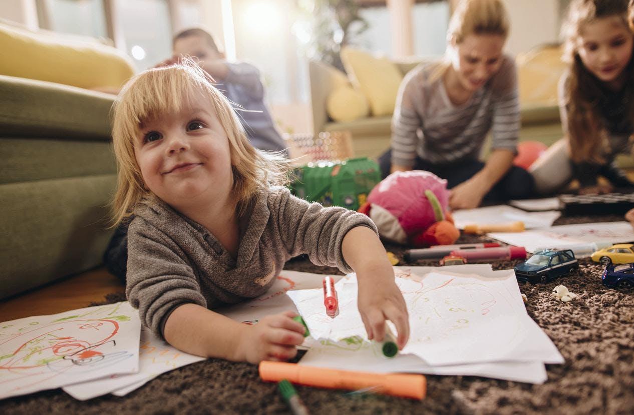 Combien gagne une assistante maternelle ?  Dossier Familial