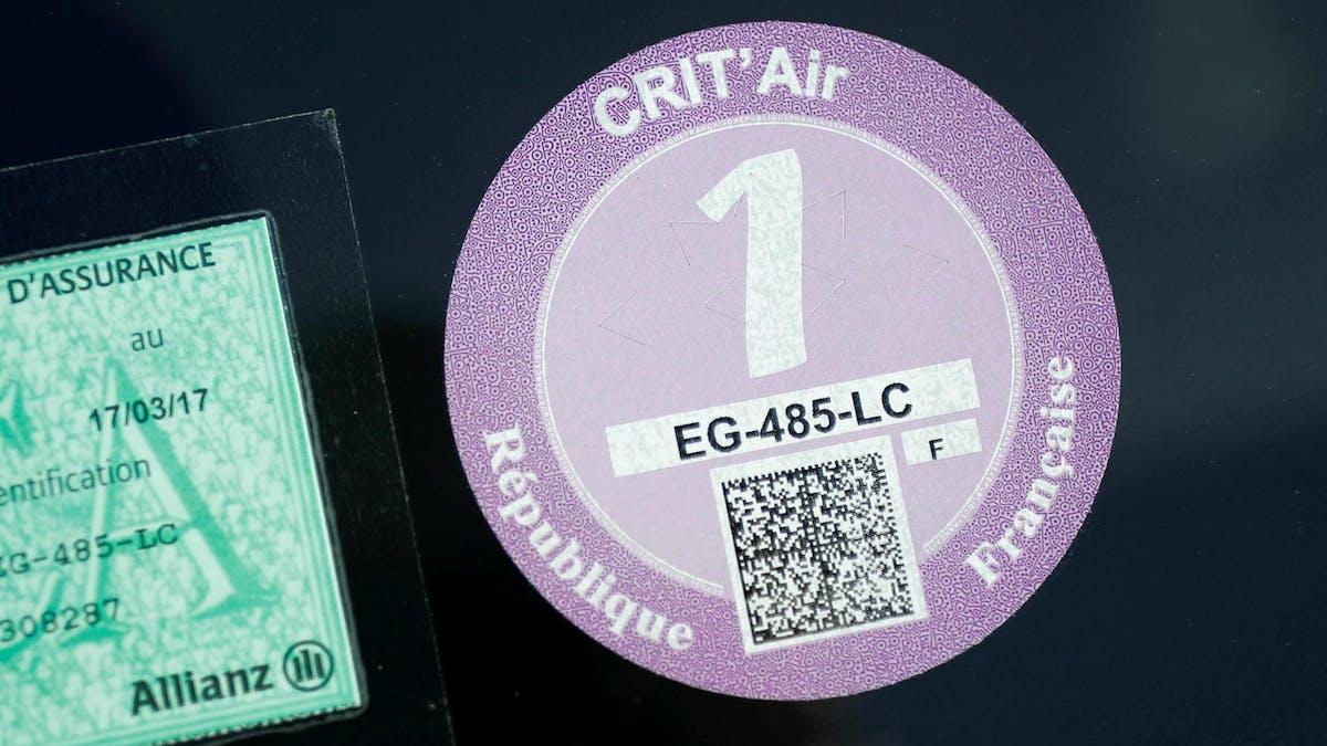 La vignette Crit'Air est obligatoire dans certaines villes.