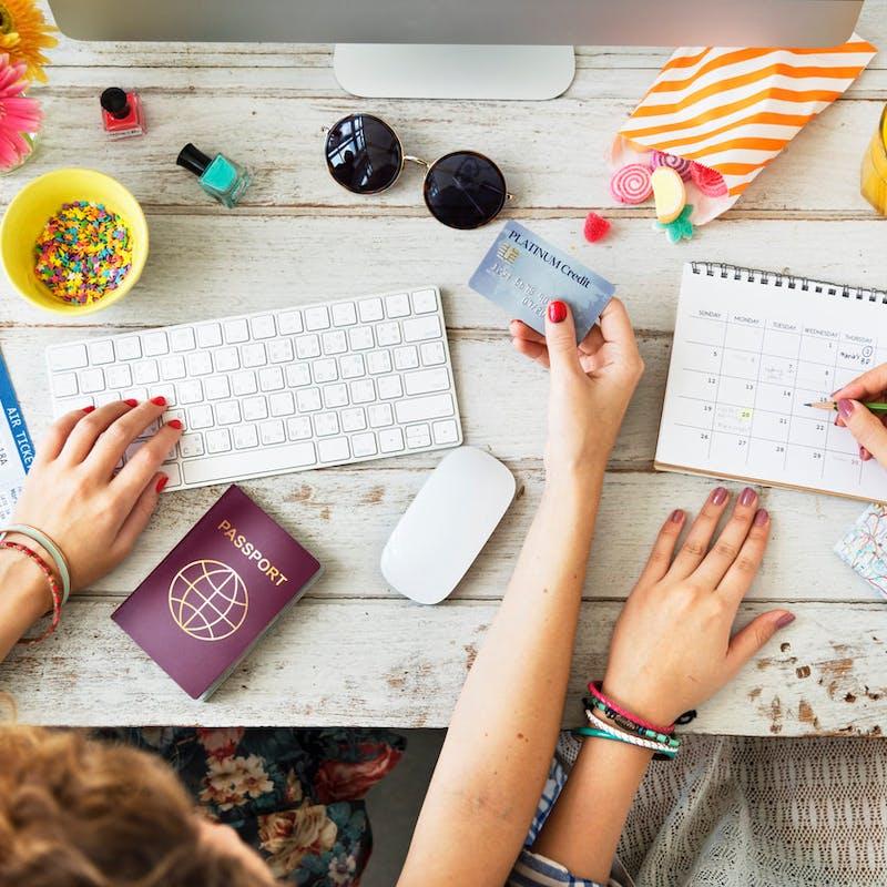 Billets d'avion : les cinq conseils d'Expedia pour faire des économies