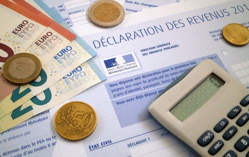 La déduction des frais professionnels est limitée à 12 627 €.