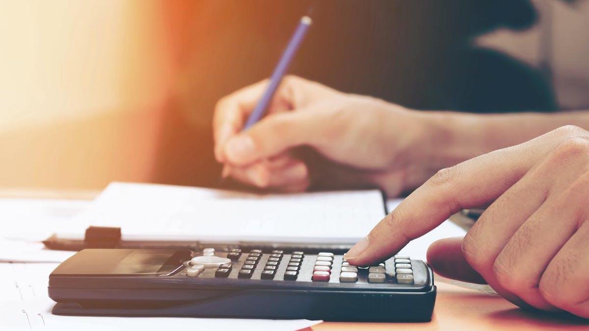 Le gouvernement avait fait inscrire, dans la loi de finances pour 2018, une baisse des aides personnalisées au logement (APL) que perçoivent les locataires du parc social.