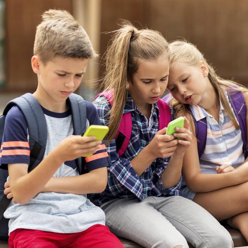Interdiction des téléphones portables au collège: est-ce réaliste?