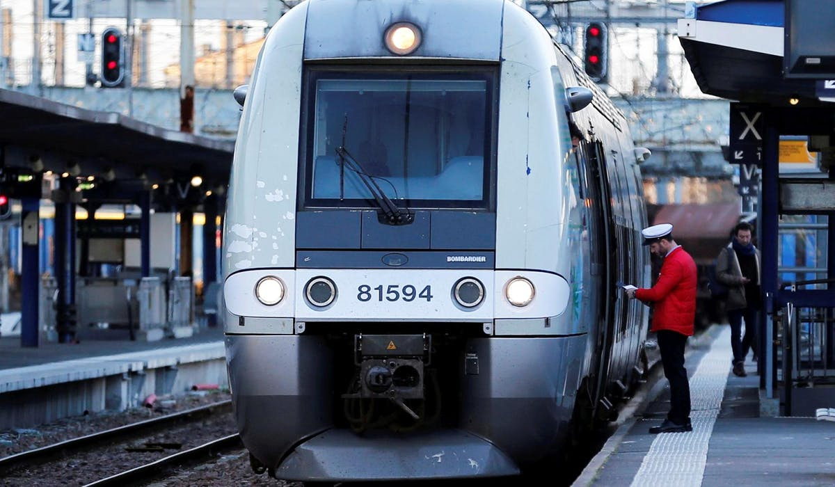 Un train à la gare de Bordeaux, mardi 13 mars.