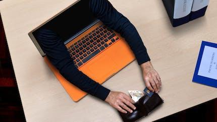 Crédits, livrets, assurances : la liste noire des sites Internet douteux