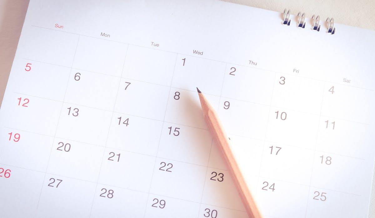 Calendrier Des Paiements Pole Emploi 2021 Pôle emploi : dates d'actualisation et de paiement en 2020
