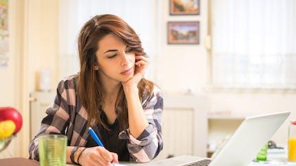 Soutien scolaire en ligne : ce qu'il faut vérifier avant d'y recourir