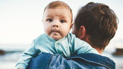 Congé parental : l'Europe veut mieux le partager et le rémunérer