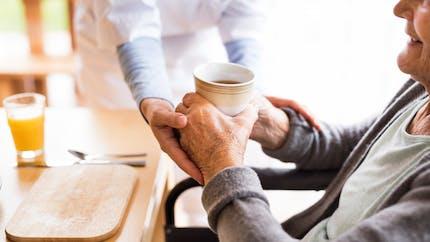 Ehpad : le plan du gouvernement pour améliorer la prise en charge des personnes âgées