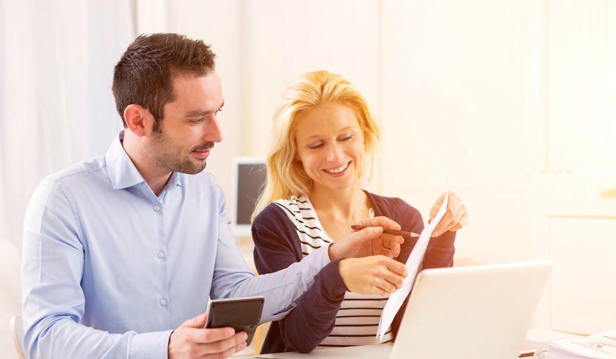 Si vous êtes un couple soumis à une imposition commune, vous pouvez demander au fisc que vos revenus fassent l'objet de taux différenciés.