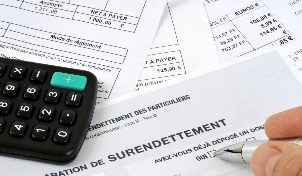Si votre dossier est complet, la Banque de France vous envoie une attestation de dépôt en quarante-huit heures.