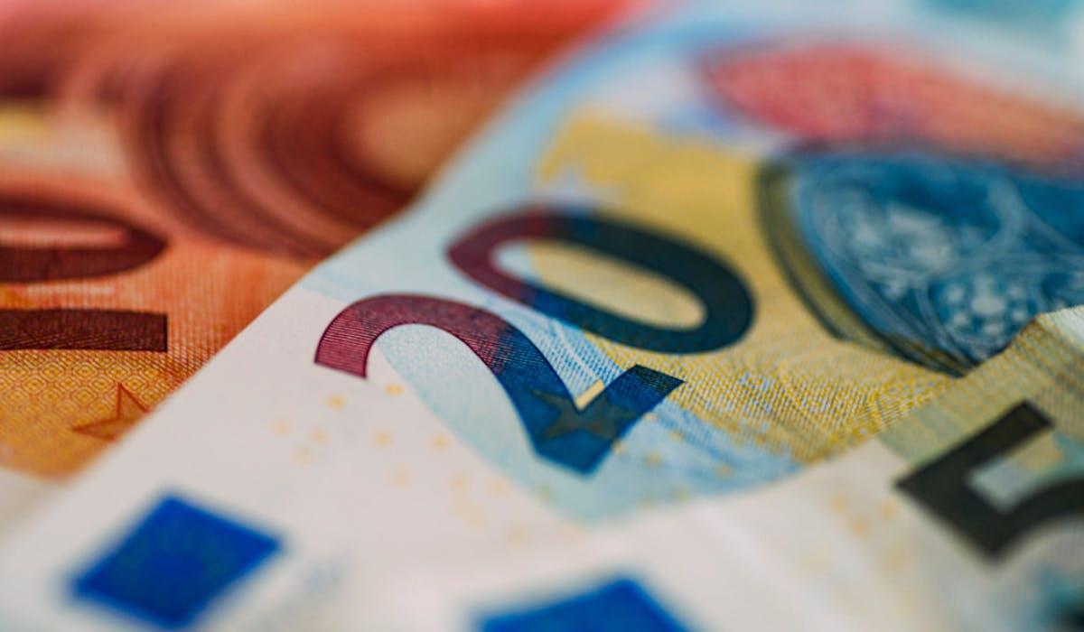 Le montant forfaitaire de la prime d'activité passe de 562,25 € à 531,51 € au 1er avril 2018.