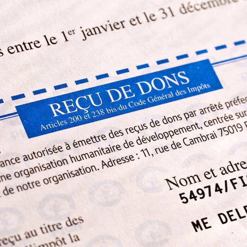 Prélèvement à la source: bénéficier des réductions d'impôt sur les dons aux associations