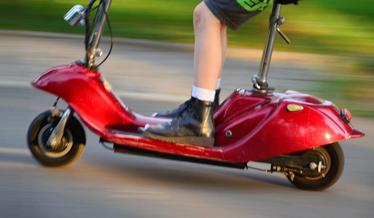 Certaines agglomérations ont interdit l'usage des engins de déplacement personnel motorisés (EDPM) en centre-ville.