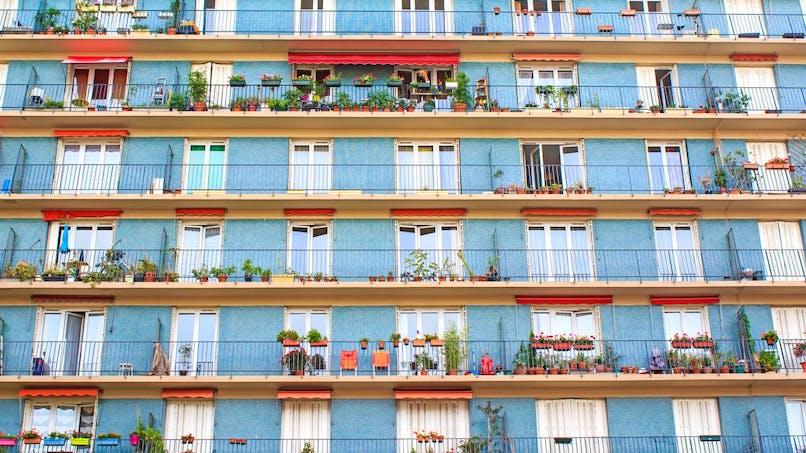 Logement HLM : plafonds de ressources et calcul du surloyer