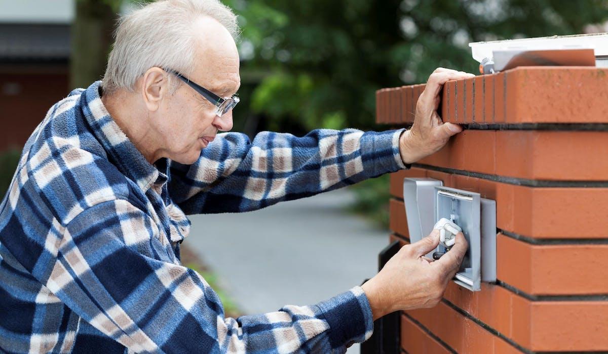 Des équipements ou services de protection permettent de limiter le risque de cambriolage.