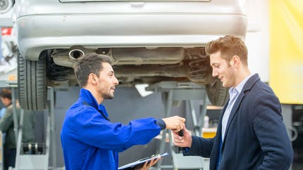 Prix des réparations automobiles : évitez les grandes villes