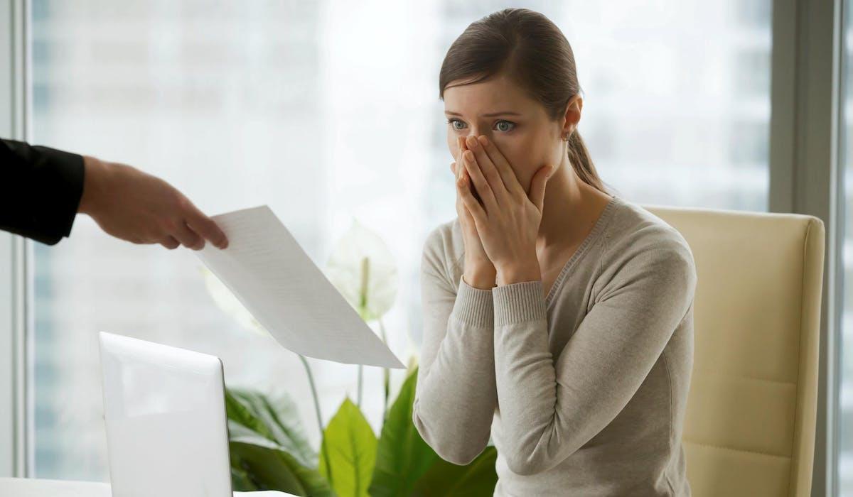 L'employeur est tenu de réagir à une faute dans un délai maximal de deux mois après sa survenance (ou après qu'il a en eu connaissance).