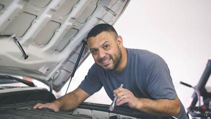 Accident de la circulation : l'indemnisation est étendue aux mécaniciens amateurs